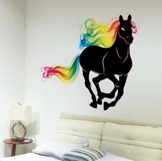 muursticker-paard-regenboog